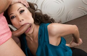 Far eastern sweetie with hot temper tastes man's cock and drives him into satisfaction